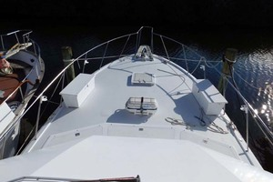 52' Hatteras Convertible 1986 Foredeck From Tower