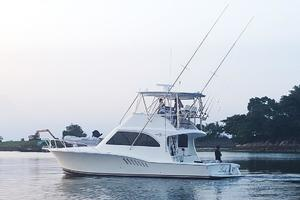 is a Albemarle 410 Convertible Yacht For Sale--54