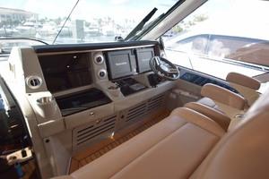 61' Sea Ray Sundancer 610 2012 HelmElectronicsWithCovers