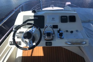 55' Prestige 550 2015 Flybridge Helm