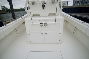 is a Regulator 34 Yacht For Sale in Orange Beach-Leaning Post Back-18