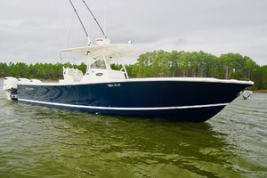 is a Regulator 34 Yacht For Sale in Orange Beach-Starboard Bow-1