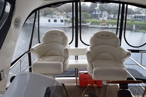 48' Sea Ray 480 Sedan Bridge 2003 HelmChairs