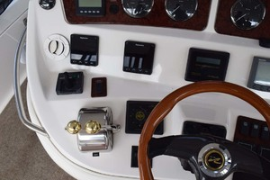 48' Sea Ray 480 Sedan Bridge 2003 ThrusterControls