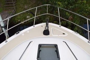 48' Sea Ray 480 Sedan Bridge 2003 Windlass