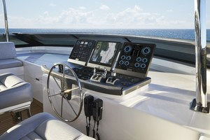 M90 is a Hatteras M90 Yacht For Sale in Seattle--6