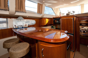 46' Carver 466 Motor Yacht 2004 Galley