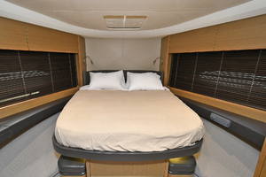 52' Princess 52 Flybridge  2016 VIPStateroom