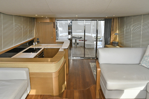 52' Princess 52 Flybridge  2016 AftSalon