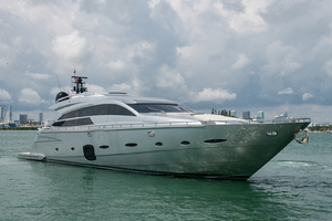 92' Pershing Motor Yacht 2013