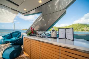 86' Sanlorenzo Sl86  2018 FlybridgeBar