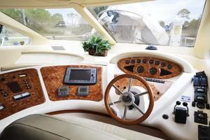 46' Azimut 46 Motor Yacht 2003 EngineGaugesAndElectronics