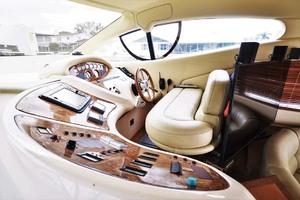 46' Azimut 46 Motor Yacht 2003 LowerHelmSeating