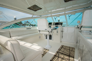 Royalties is a Cabo 45 Express Yacht For Sale in Galveston-Royalties Cabo 2001 45 Express-23