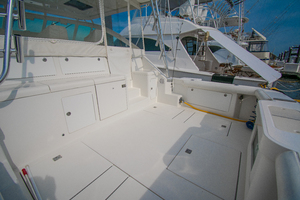 Royalties is a Cabo 45 Express Yacht For Sale in Galveston-Royalties Cabo 2001 45 Express-27