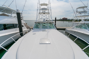Royalties is a Cabo 45 Express Yacht For Sale in Galveston-Royalties Cabo 2001 45 Express-16