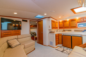 Royalties is a Cabo 45 Express Yacht For Sale in Galveston-Royalties Cabo 2001 45 Express-5