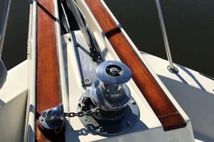 53' Hatteras Motor Yacht Classic 1984 Windlass