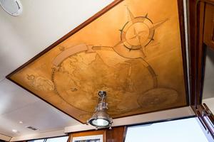 70' Viking Cockpit Motor Yacht 1990