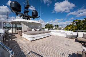 Sun deck view from aft
