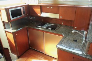 52' Sea Ray Sedan Bridge 2005 Galley
