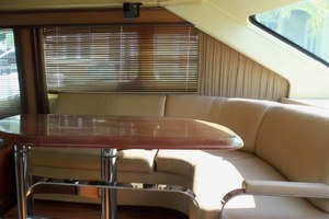 52' Sea Ray Sedan Bridge 2005 DinetteLookingToPort