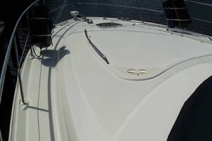 52' Sea Ray Sedan Bridge 2005 BowArea