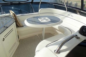 52' Sea Ray Sedan Bridge 2005 FlybridgeForward