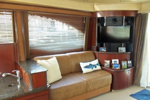 52' Sea Ray Sedan Bridge 2005 SalonLookingAftToStarboard
