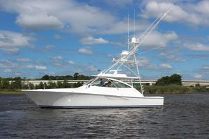 Viking 48 - Exterior Profile