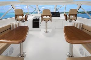 Viking 48 - Command Deck