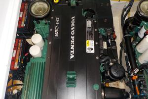 Volvo Penta D4 Engine #1