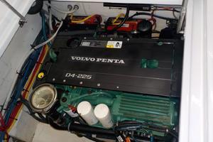 Royal Denship 29 - Royal Limo - Volvo Penta D4 Engine #2