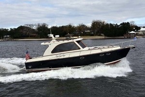 40' Windsor Craft By Vicem Yacht 40' Hardtop 2009 Main Profile Running