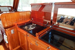 40' Windsor Craft By Vicem Yacht 40' Hardtop 2009 Galley
