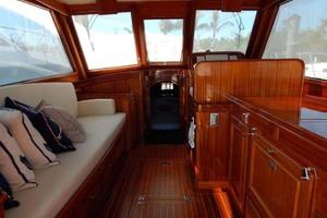 40' Windsor Craft By Vicem Yacht 40' Hardtop 2009 Salon