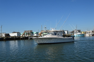 Rock N Rob is a Grady-White 330 Express Yacht For Sale in Atlantic Beach--46