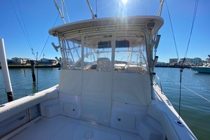 Rock N Rob is a Grady-White 330 Express Yacht For Sale in Atlantic Beach--9