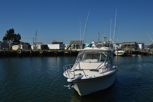 Rock N Rob is a Grady-White 330 Express Yacht For Sale in Atlantic Beach--48