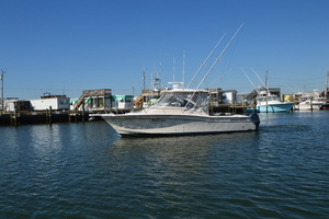 Rock N Rob is a Grady-White 330 Express Yacht For Sale in Atlantic Beach--45