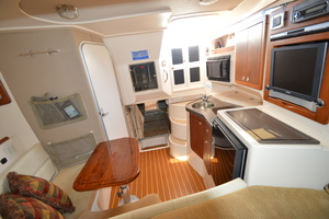 Rock N Rob is a Grady-White 330 Express Yacht For Sale in Atlantic Beach--37