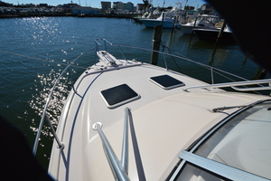 Rock N Rob is a Grady-White 330 Express Yacht For Sale in Atlantic Beach--1