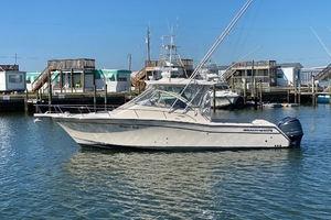 Rock N Rob is a Grady-White 330 Express Yacht For Sale in Atlantic Beach--0