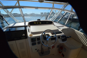Rock N Rob is a Grady-White 330 Express Yacht For Sale in Atlantic Beach--25