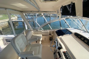 Rock N Rob is a Grady-White 330 Express Yacht For Sale in Atlantic Beach--14
