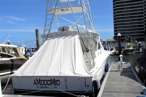 A MODO MIO is a Cabo 40 Express SF Yacht For Sale in North Palm Beach-Dockside Stern-37
