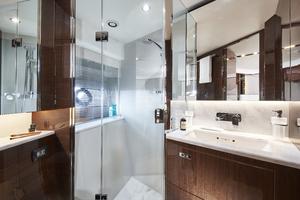 V78 Interior Forward Cabin Bathroom Walnut Gloss