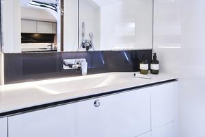 R35 Bathroom