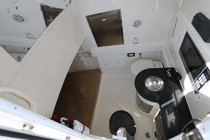 Lit Up is a Regulator 34 SS Yacht For Sale in Orange Beach-34 Regulator CC-28
