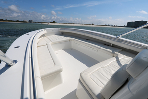 Lit Up is a Regulator 34 SS Yacht For Sale in Orange Beach-34 Regulator CC-8